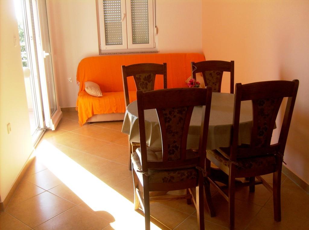 Apartment_3_00001